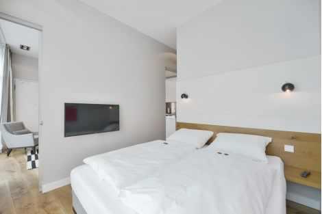 2-Zimmer Wohnung in Luzern Antiquitaeten 3
