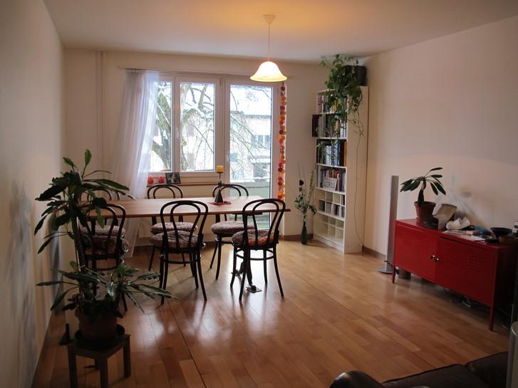 helle 3 zi wohnung mit altbau charme 8408 winterthur kanton zh rubrik immobilien zimmer 3kanton. Black Bedroom Furniture Sets. Home Design Ideas