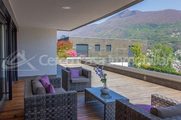 Luxuriöse 4,5 Zimmer Wohnung Porza Lugano. Blick ueber den See. Lugano 6900 Kanton:ti Immobilien