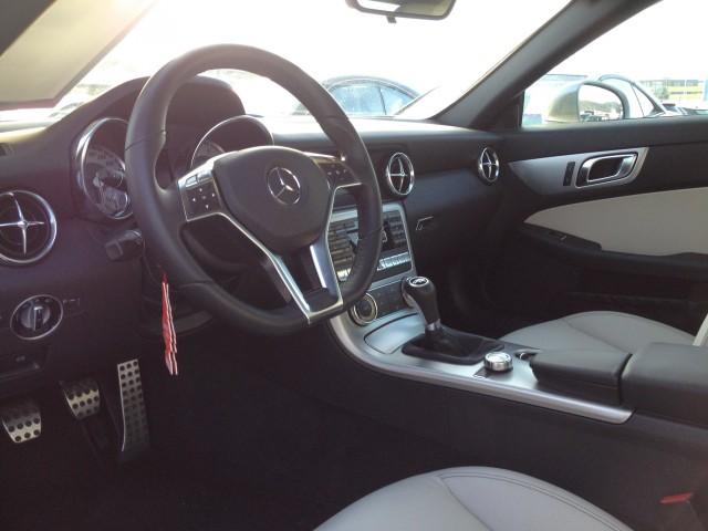 Mercedes Benz SLK 200 (Cabriolet) Fahrzeuge 3