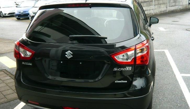 Suzuki SX4 S-Cross 1.6 4WA Fahrzeuge 4