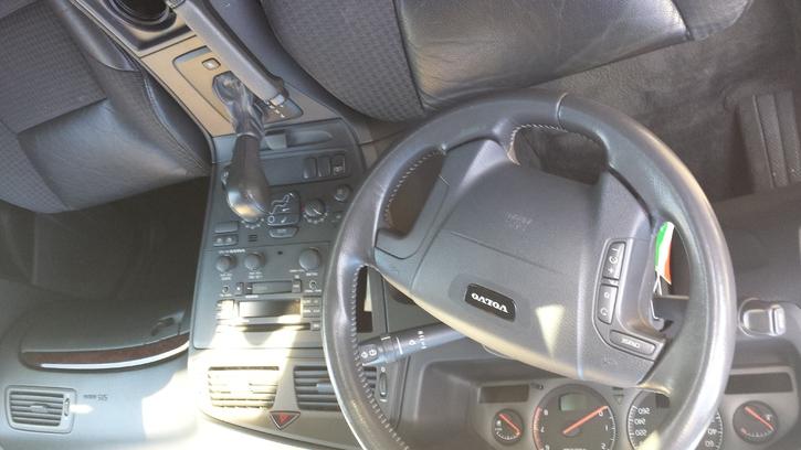Volvo V70 2.4 T AWD  Fahrzeuge 3