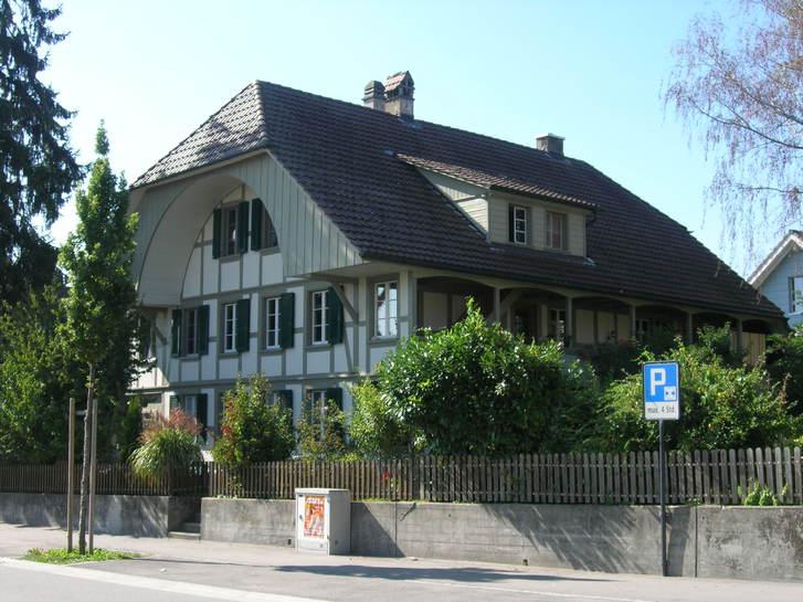 BERN: Dachwohung mit viel Charme in Frauenkappelen 3202 Frauenkappelen Kanton:be Immobilien