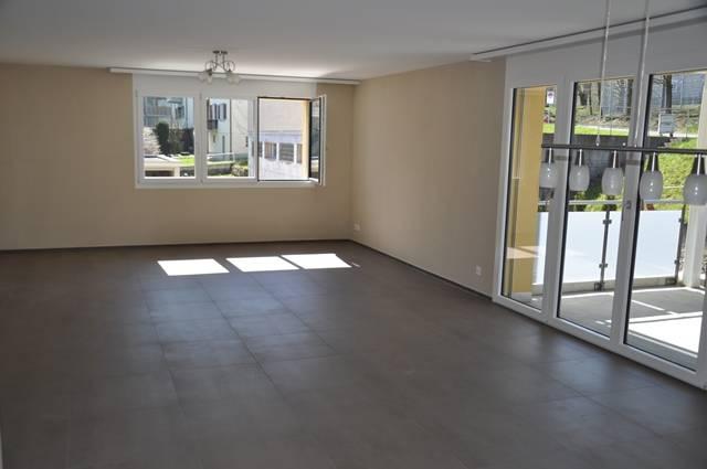 TOP aktuelle, grosse 41/2 Zimmerwohnung 8862 Schübelbach Kanton:sz Immobilien 2