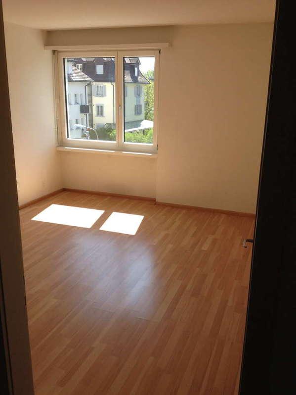 Helle 2-Zimmer Wohnung. Befristed. 8057 Zürich Kanton:zh Immobilien