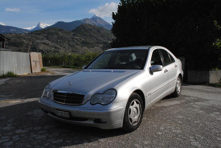 Mercees Benz Limousine Fahrzeuge