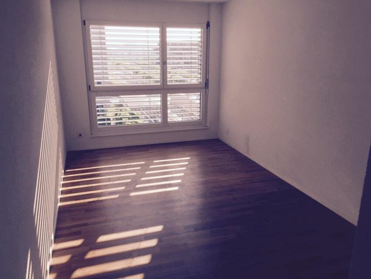 Schöne, moderne 4-4.5 Zimmer Wohnung mit Balkon am Billeweg 4 per 01.07.2015 oder nach Vereinbarung zu vermieten. 3027 Bern Kanton:be Immobilien