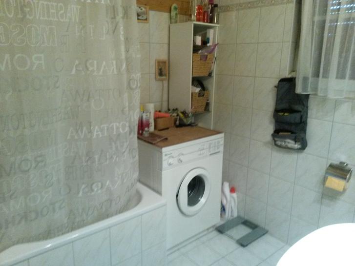 wunderschöne 2.5 Zimmer-Wohnung 5614 Kanton:ag Immobilien 2