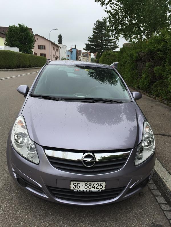 Opel Corsa 1.2 Enjoy 3 Türig Lim  Fahrzeuge