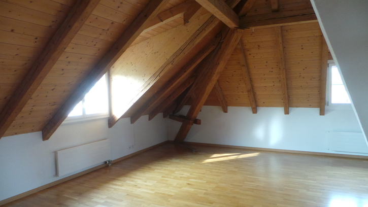 3.5-Zimmer Wohnung im Dachstock ab 1. September 2015 8610 Uster Kanton:zh Immobilien