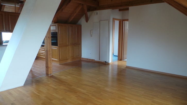 3.5-Zimmer Wohnung im Dachstock ab 1. September 2015 8610 Uster Kanton:zh Immobilien 2