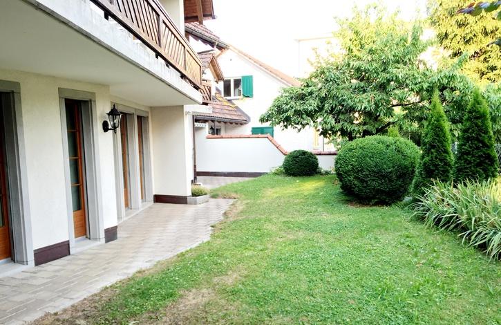 helle und grosszügige 4.5 Zi Gartenwohnug 8807 Freienbach Kanton:sz Immobilien