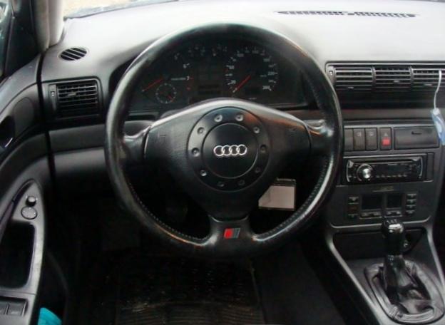 Audi A4 1.8T Fahrzeuge 2