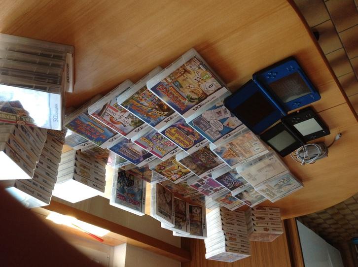 68 DS Nintendo Spiele plus zwei Konsolen  Sonstige 2