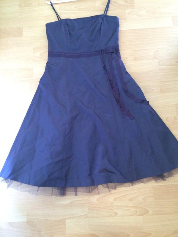 Elegantes Cocktailkleid / Partykleid in violette Kleidung & Accessoires
