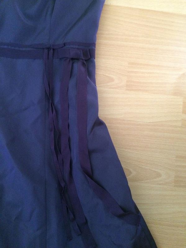 Elegantes Cocktailkleid / Partykleid in violette Kleidung & Accessoires 2