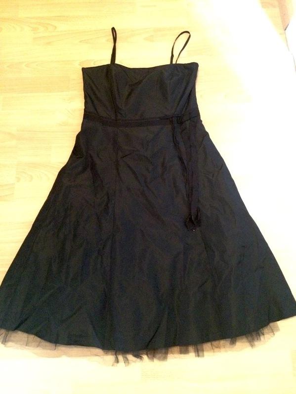 Elegantes Partykleid / Cocktailkleid in schwarz Kleidung & Accessoires