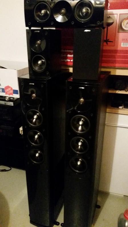 Super Jamo Boxen zu Verkaufen TV & Audio