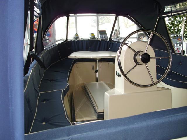 Riomar 470 inkl. 30PS Motor und Trailer Fahrzeuge 2