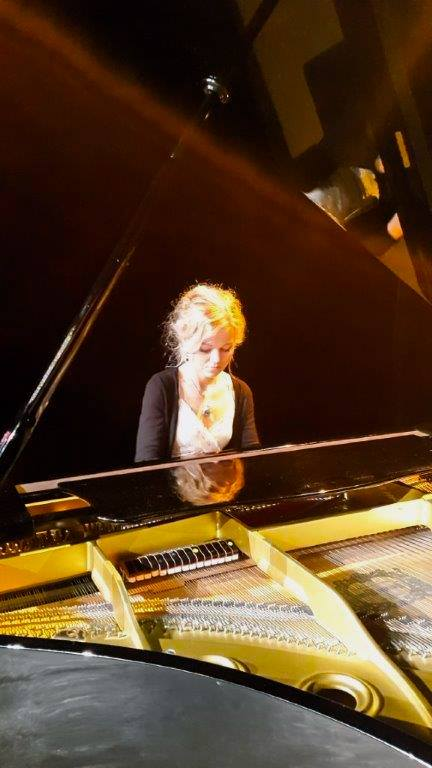 Klavierunterricht mit Gabriela Pisklak Hrubis für jedes Alter und jedes Niveau!!! Musik 2