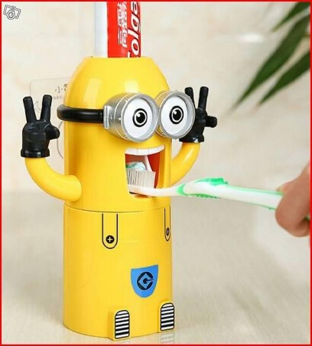 Minions Zahnpastaspender Baby & Kind