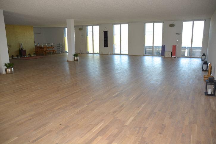 In Untermiete schöner Gruppenraum 190Qm in Bern Immobilien