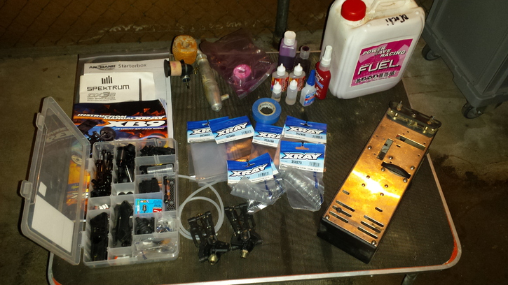 Xray XB9 Rennstall  Spielzeuge & Basteln