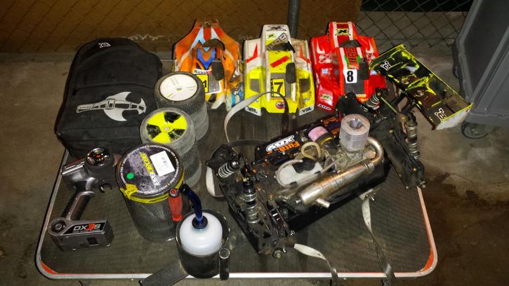 Xray XB9 Rennstall  Spielzeuge & Basteln 2