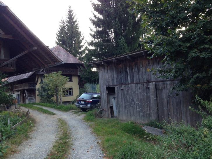 Bauernhaus zuverkaufen mit diversen Nebengebäuden Immobilien 3