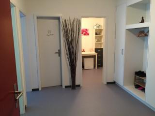 Praxisraum Hochbühlweg 3 3012 Bern (Gemeinschaftspraxis) Büro & Gewerbe 3