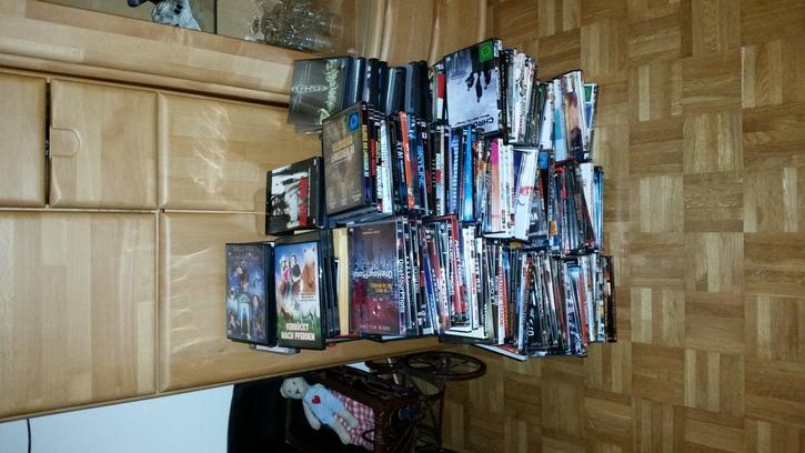 296 DVDs abzugeben TV & Audio