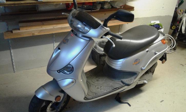 Roller Aprilia Gulliver 50 Fahrzeuge