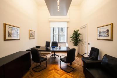Roma Via Veneto, stanza arredata in Business Center, servizi inclusi Büro & Gewerbe