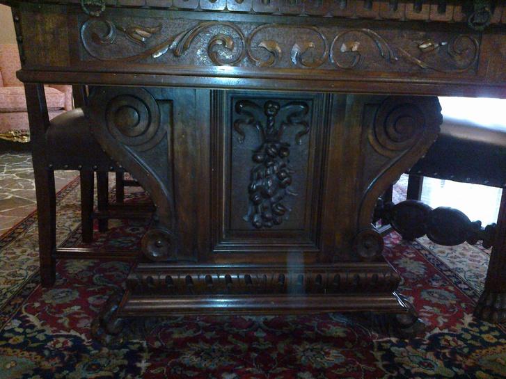 tavolo e 6 sedie in pelle Antiquitaeten 2