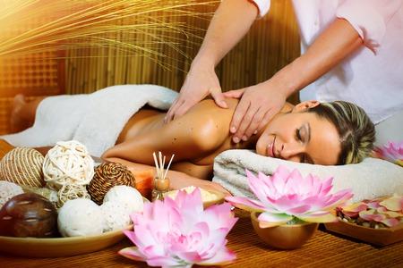 Massaggi e Estetica Sonstige 2