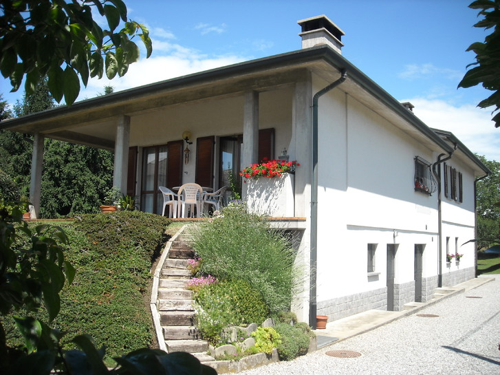 Villa recente con ampio terreno edificabile Immobilien 3