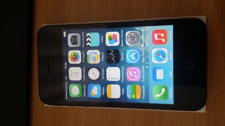 Vendo Iphone 4 8gb Telefon & Navigation