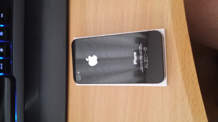 Vendo Iphone 4 8gb Telefon & Navigation 2