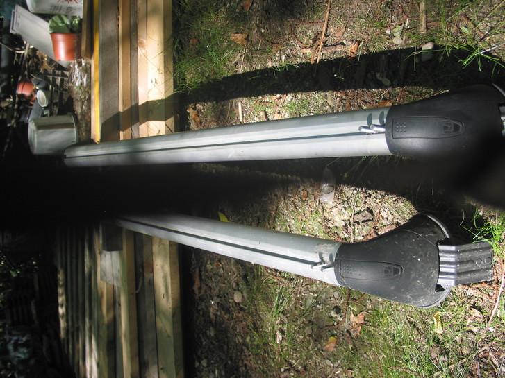 Wingbar / Grundbasisträger für Honda FR-V Fahrzeuge 3