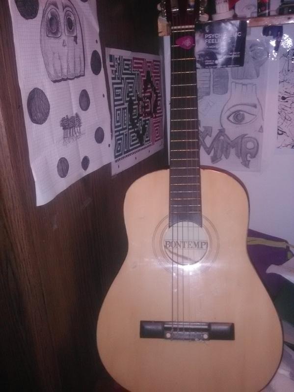 Chitarra classica per bambini Baby & Kind 2