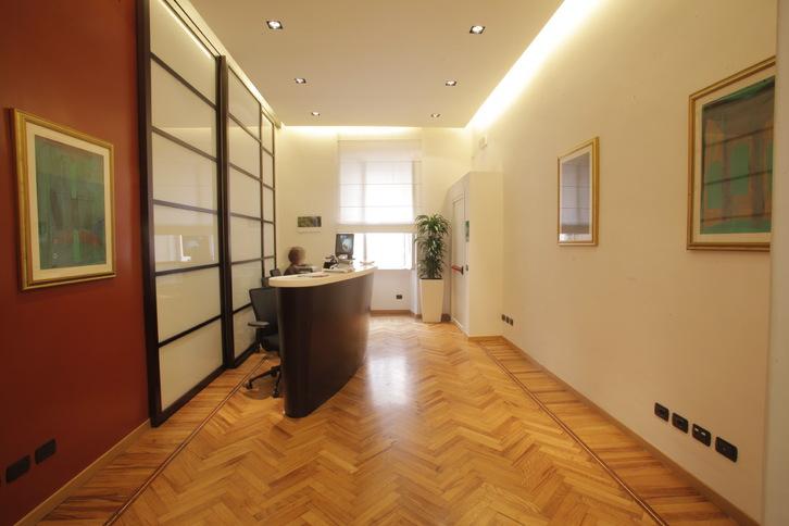 Via Veneto, Affittasi Uffici  pronti  con Sale Riunioni e Reception all'ingresso Büro & Gewerbe