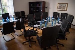 Termini ad. Barberini, Roma centro Affittiamo Uffici ad ore a tempo part time Day offices pronti senza costi imprevisti Büro & Gewerbe 2