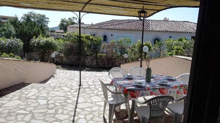 Trilocale fronte mare a San Teodoro (Sardegna )  Immobilien