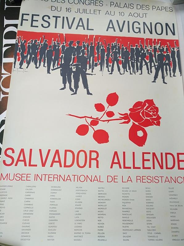 1977 Plakat Festival Avignon Raubkunst Chile Antiquitaeten