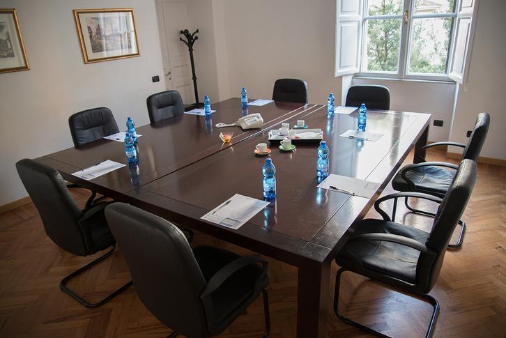 Affittiamo Uffici a tempo al Centro di Roma Büro & Gewerbe