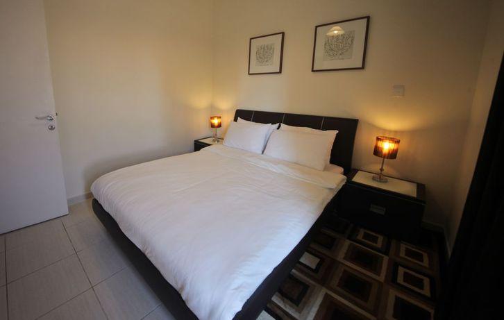 Anspruchsvolles 2 Schlafzimmer möbliert Immobilien 3