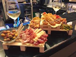 Caffè del Borgo Ristorante bar aperitivi a Morozzo Sonstige 2