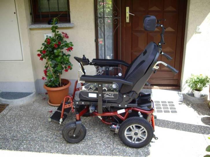 Carrozzina elettrica per disabili Fahrzeuge 2