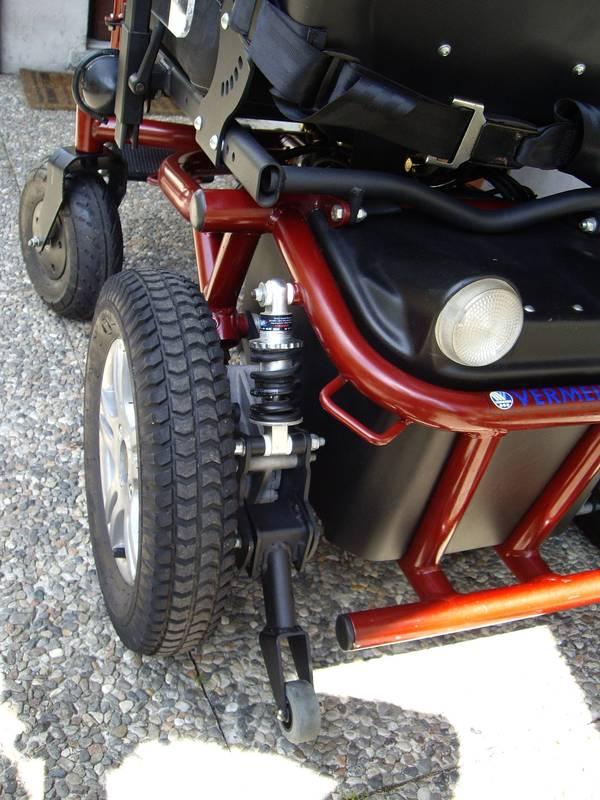 Carrozzina elettrica per disabili Fahrzeuge 4