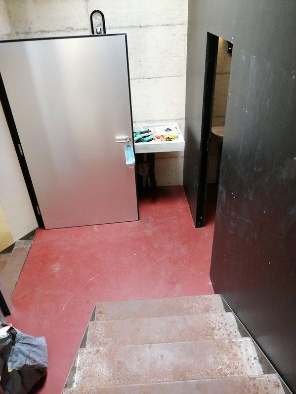 Comano, Luganese Büro & Gewerbe 2